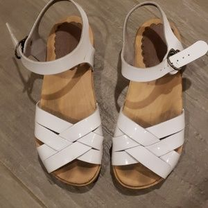 Hanna Andersson sandals